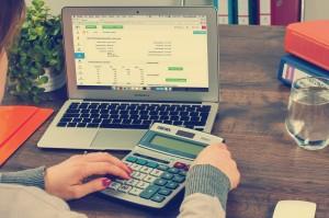 Czy przekształcając spółkę z o.o. w spółkę komandytową trzeba zapłacić podatek dochodowy?